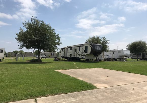 RV Parking in Sealy, TX